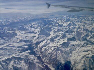 ミラノからパリに飛行機で、下に見える美しい光景!