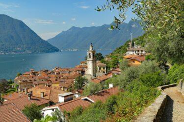 コモ湖 すぐお隣はスイスです!